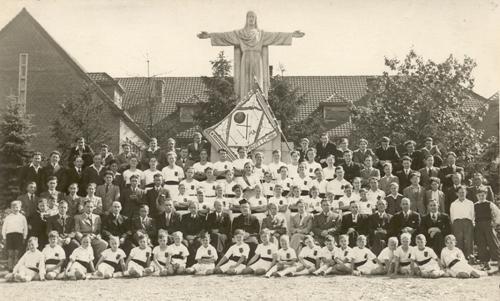 Groepsfoto GV Olympia uit 1942